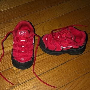 Toddler Nike Sneakers size 5US